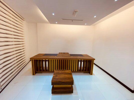 office furniture Dubai